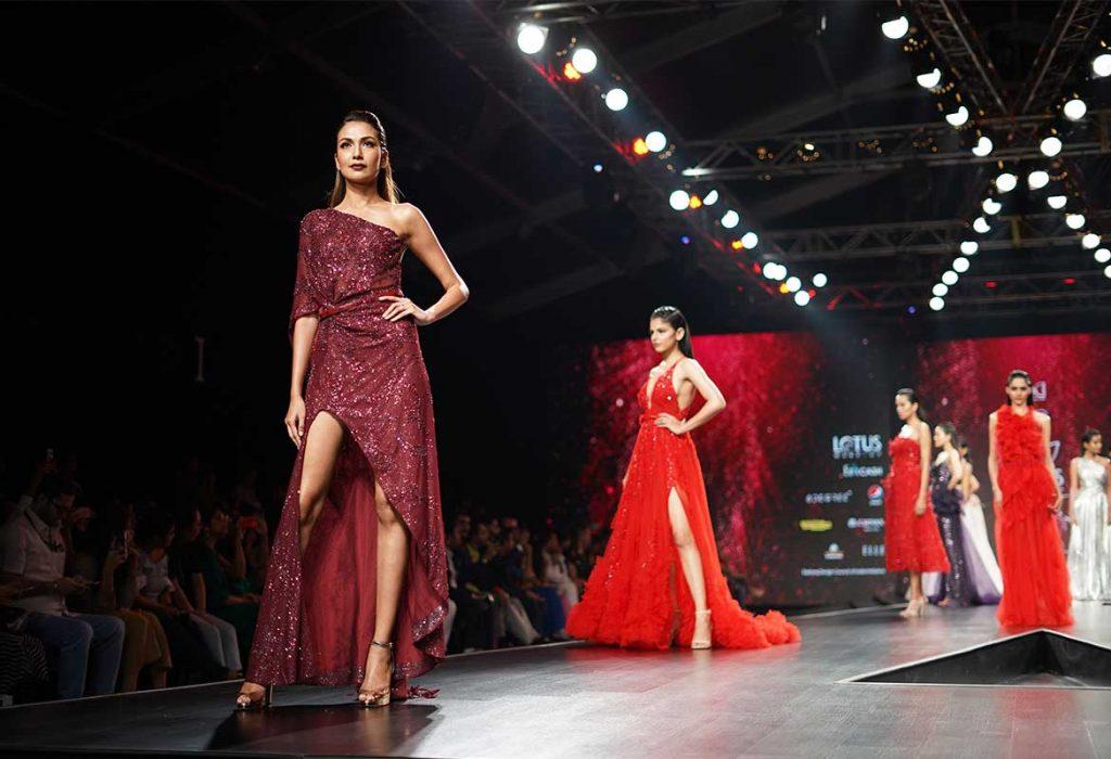 fashion-show-home